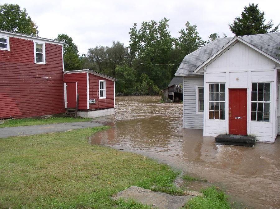 Residential-Homeowners-Insurance-Claim-Flood-Damage-Adjusters-International